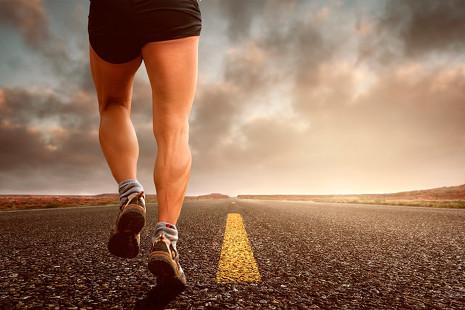 Cinco zapatillas de running que se pondría Bradley Cooper