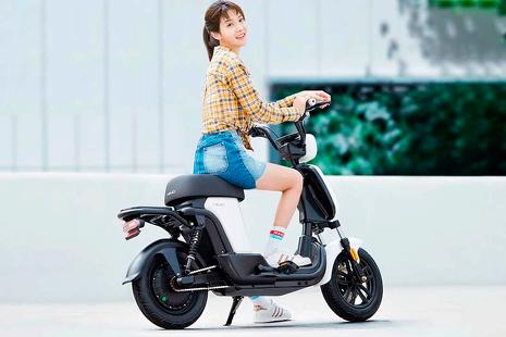 La nueva bicicleta eléctrica que parece una moto causa furor en las redes