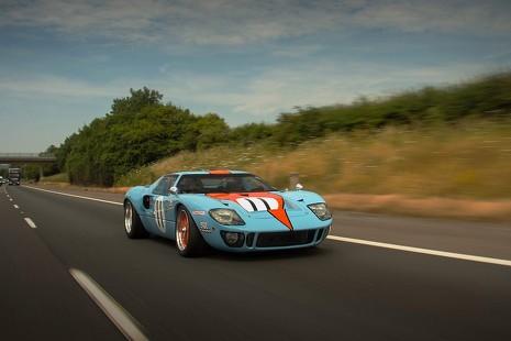 Nuevo récord de velocidad: un Ford GT40  a 484 km/h